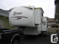 2008 30RLDS Corsair Excella 5TH wheel. In the house