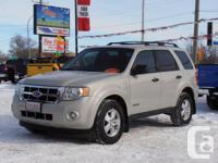2008 Ford Escape XLT 4WD 3.0LTR, auto, A/C, tilt,
