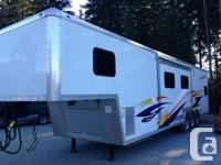 2008 FOREST RIVER CHEROKEE 35FT TOY HAULER  INTERNET