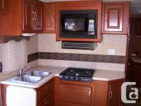 2008 31 foot Four Winds Chateau motorhome for sale.