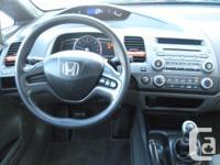 Make Honda Model Civic Sdn Year 2008 Colour Brown kms