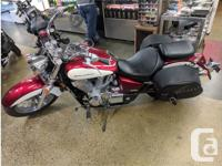 Make Honda Year 2008 kms 9000 Full-sized looks and