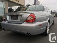 Make Jaguar Model XJ8 Year 2008 Colour Silver kms