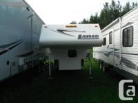 2008 Lance Truck Camper, Model 825 2009, fits short