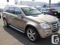 Make Mercedes-Benz Colour Gold Trans Automatic kms