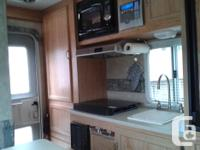 2008 Palomino 6601 camper,double bed in upper and