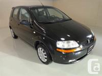 2008 Pontiac Wave 5 Hatchback Exterior in great
