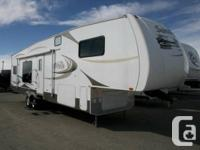 2008 FOREST RIVER SANDPIPER 335 RGT. Fifth Tire.