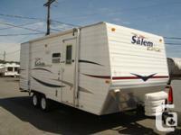 2008 Salem 22ft Travel Trailer sleep 7 with 1 Bunk Bed