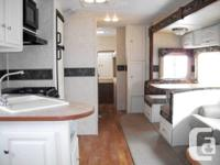 Super clean trailer in mint condition with tons of