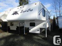 Nicely maintained camper with all the features. Queen
