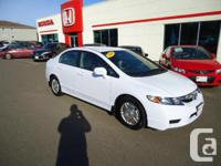 2009 Honda Civic Hybrid Auto: This car is in great