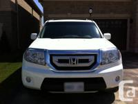 Fully Loaded, Lady Driven. Honda Pilot Touring, Mint