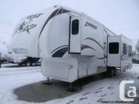 2009 Keystone Everest 330B w/3 Slides - Bunk House.