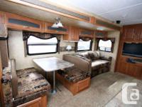 2009 KEYSTONE RV COUGAR 26BHS Travel Trailer