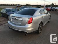 Make Lincoln Model MKS Year 2009 Colour SILVER kms