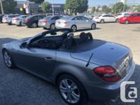 Make Mercedes-Benz Model SLK350 Year 2009 Colour Grey