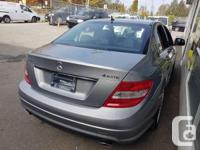 Make Mercedes-Benz Model C230 Year 2009 Colour grey
