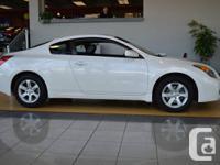 2009 Nissan Altima- Sport coupe - Auto - 2 Door -White