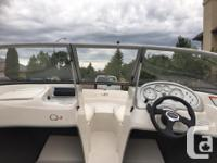 2009 Tahoe Q4 boat 18.5ft in great condition! yellow
