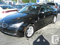 2010 BMW 528i xDRIVE EXECUTIVE NAVIGATION IN BLACK EXC