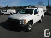 Make Chevrolet Model Silverado Year 2010 Colour White
