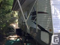 32 feet. Crossroads Zinger Bunkhouse model with 4 bunks