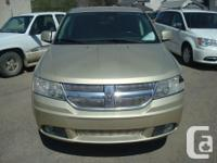 Make Dodge Model Journey Year 2010 Colour gold kms