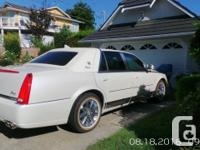 Make Cadillac Model DTS Year 2010 Colour White kms