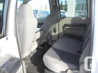 Make Ford Model F-350 Year 2010 Colour White kms