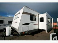 2010 FOREST RIVER SALEM 312BHBS Travel Trailer