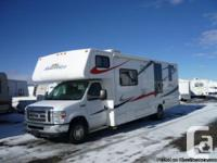 2010 Forest River Sunseeker 30 ft. Class-C Motorhome.