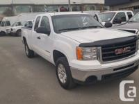 Make GMC Model Sierra 1500 Year 2010 Colour White kms