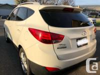 Make Hyundai Model Tucson Year 2010 Colour White kms
