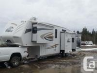 Year 2010 FOR SALE OR TRADE..Jayco Eagle 371 RLQS Polar