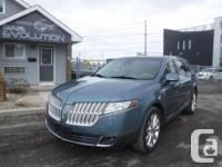 Make Lincoln Model MKT Year 2010 Colour BLUE kms