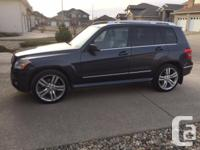 Make Mercedes-Benz Model GLK350 Year 2010 Colour Blue