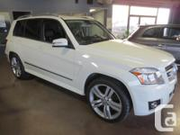 Make Mercedes-Benz Model GLK350 Colour WHITE Trans