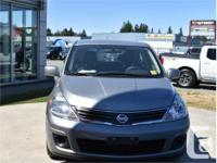 Make Nissan Model Versa Year 2010 Colour Grey kms