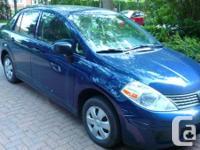 Nissan Versa SEDAN/SL-- 2010 B23 - Bleu métallisé--