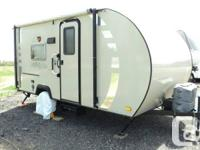 2010 ROCKWOOD ETC 181 SILVER TRAVEL TRAILER, IDEAL FOR