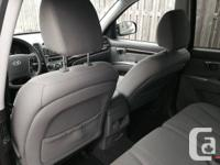 2010 Hyundai Sante Fe GL (2.4L) No accidents Mileage