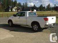 Make Toyota Model Tundra Year 2010 Colour white kms