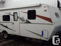 2010 Trailmanor Elkmont 24' Travel Trailer  Great
