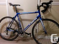 2010 Trek Alpha 1.1 road bike with approximately 500kms