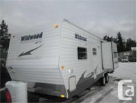 Price: $16,900 28 foot bunk trailer , has i c b c