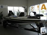 What can I yell about this watercraft that the pictures