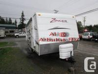 Lightly used Zinger RV. One of the more popular floor