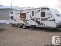 2011 Keystone Key 280BH Trailer. Good clean trailer in