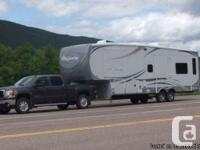 2011 Heartland Big Nation 3250TS fifth Wheel, 32.5 ft,